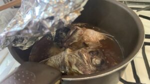 鯛の兜煮と鍋